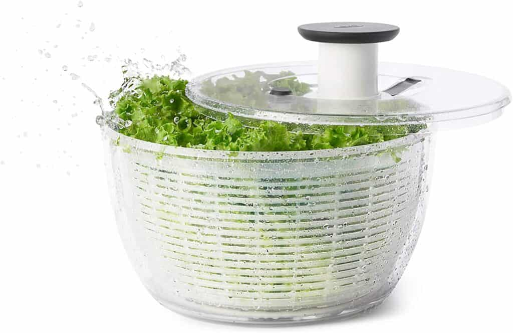 This image has an empty alt attribute; its file name is best-salad-spinner-vegetable-washer-2-1024x664.jpg